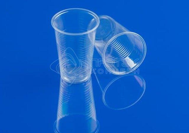 Пластиковые стаканы 400 мл